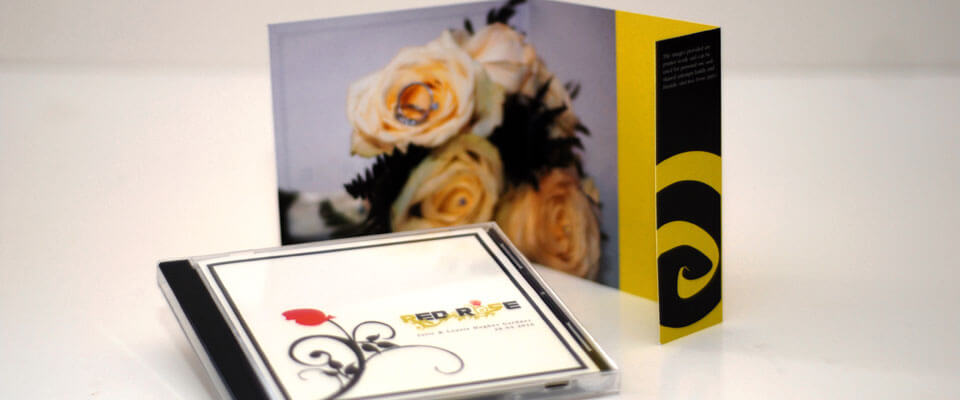 BESPOKE WEDDING PHOTOGRAPHY DVD WITH PRINTED COVER
